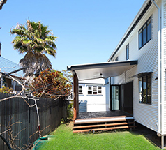 https://www.builderssydneyexperts.com.au/wp-content/uploads/2019/07/home-renovations-sutherland-shire-footer.jpg